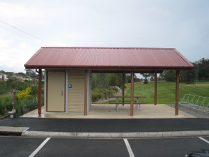 1D Shroom with store room and picnic setting – Bellarine Rail Trail