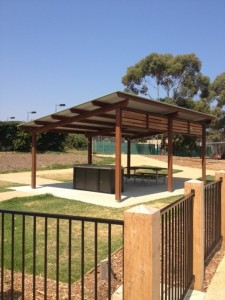 Shelter – Howard Parker, Mornington