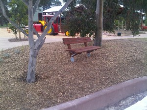 Haylen Group – Timber Seat – Bundoora Park