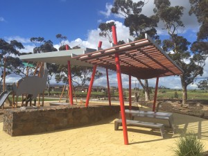 Custom steel shelters – Manor Lakes