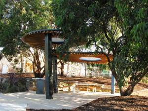 Bi Canopy Shelter