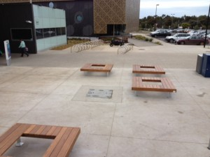 1800mm x 1800mm Hardwood Tree Surrounds – Leisurelink Geelong
