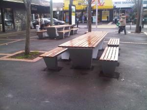 Street Furniture, Wallis Mall